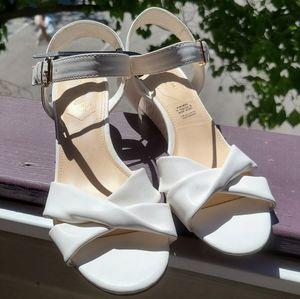 Liz Claiborne Sewell White Sandals